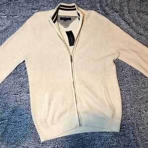 NWT Tommy Hilfiger sweater large